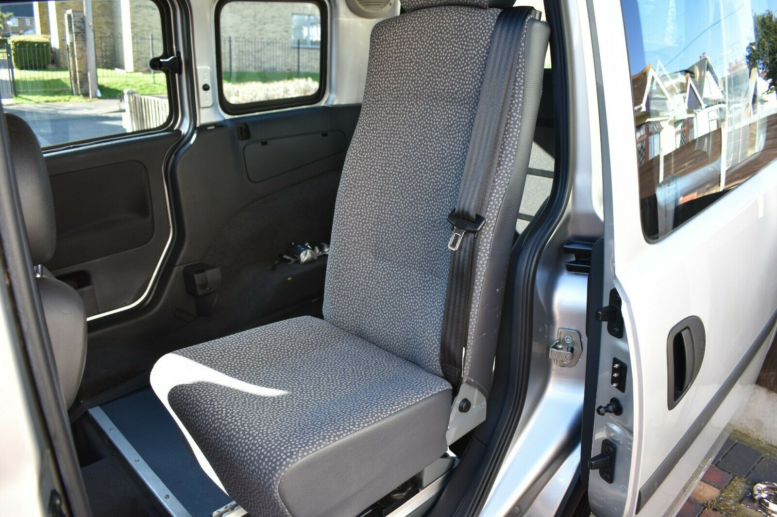 Sold Vauxhall 1 3 Automatic Wheelchair Accessible Vehicle